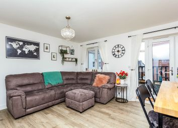 Thumbnail 2 bed flat for sale in Pondtail Walk, Faygate, Horsham