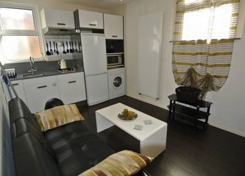 Thumbnail 1 bed flat to rent in Deacon Road, Willesden