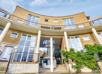 3 bed maisonette for sale in Princes Court, London SE16