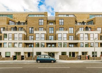 Thumbnail 3 bedroom flat to rent in Park View Mansions, Stratford