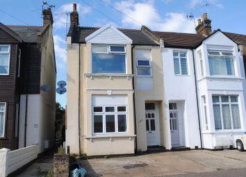 Thumbnail 1 bed flat to rent in Elm Road, Leigh-On-Sea