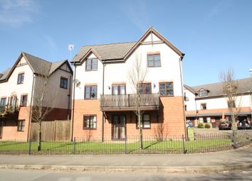 Thumbnail 2 bed flat to rent in Village Close, Weaverham, Northwich