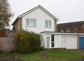 Thumbnail 3 bedroom detached house to rent in Munro Avenue, Woodley, Reading, Berkshire