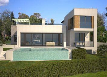 Thumbnail 5 bed villa for sale in La Alqueria, Benahavis, Malaga