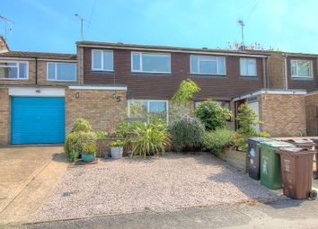 4 bed detached house for sale in Upton Close, Park Street, St.Albans AL2