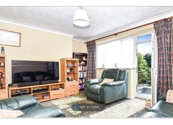Thumbnail 3 bed flat to rent in Lakeside Court, London
