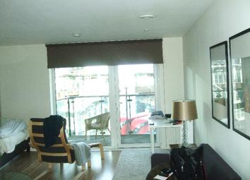 Thumbnail Studio to rent in Deals Gateway, London
