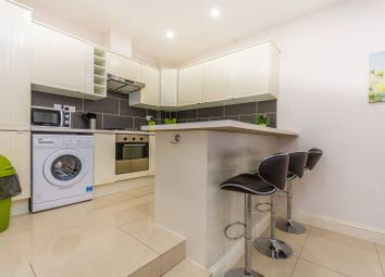 Thumbnail 2 bed flat to rent in Batley Place, Stoke Newington
