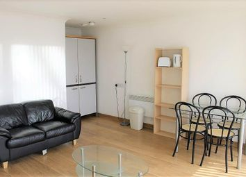 2 bed flat to rent in Citispace South, 11 Regent Street LS2