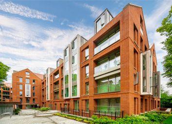 Thumbnail 3 bedroom flat for sale in Hampstead Manor, Kidderpore Avenue, London