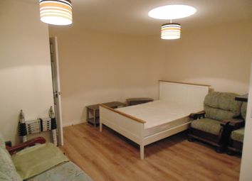 Thumbnail 1 bed flat to rent in Castle Meadow, Norwich