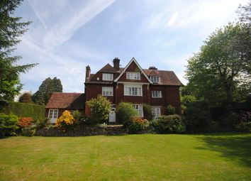 Thumbnail 3 bedroom maisonette to rent in Quarry Road, Oxted