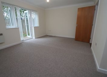 Thumbnail 2 bedroom flat to rent in Cedar Avenue, Sidcup