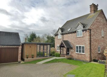 3 bed detached for sale in Child Close