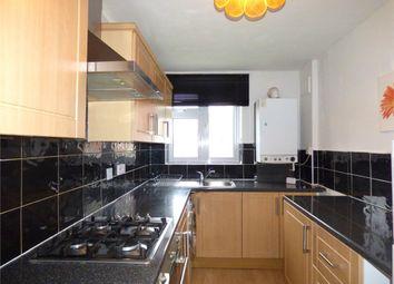 Thumbnail 2 bedroom flat to rent in Eden Close, Langley, Berkshire