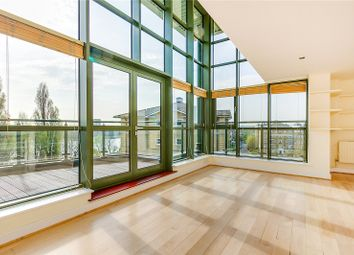 Thumbnail Flat to rent in Wrenn House, 2 Brasenose Drive, London