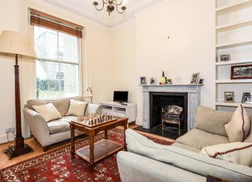 Thumbnail 1 bed flat to rent in Campden Grove W8,