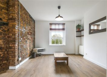 Thumbnail 3 bed flat to rent in Ainsley Street, London