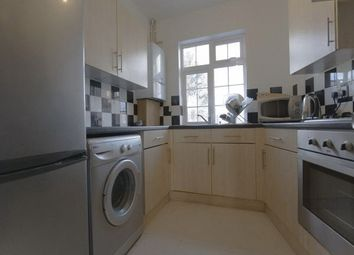 Thumbnail 3 bed flat to rent in Avenue Parade, Winchmore Hill