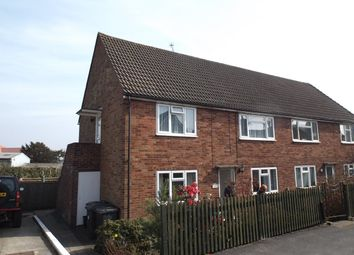 Thumbnail 2 bed flat to rent in Queens Road, Crowborough