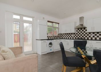 Thumbnail 4 bed property to rent in Ashvale Road, Wandsworth