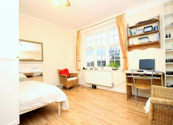 Thumbnail Studio to rent in Melina Court, Grove End Road, St Johns Wood