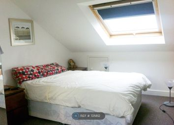 Room to rent in Bedford Road, London SW4