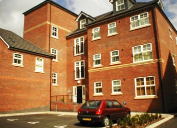 Thumbnail 1 bed flat to rent in Montvale Gardens, Leicester