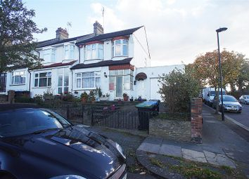 Thumbnail 3 bed property to rent in Evesham Road, London