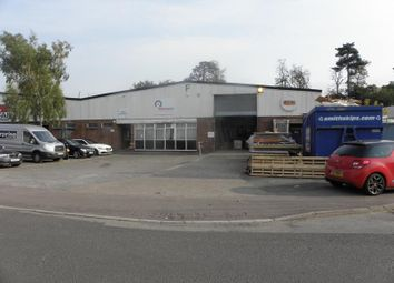 Thumbnail Light industrial to let in Unit F, Chiltern Trading Estate, Grovebury Road, Leighton Buzzard, Bedfordshire