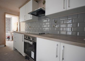 Thumbnail 1 bed property to rent in Carlton Terrace, Mount Pleasant, Swansea