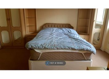 Thumbnail Room to rent in Townshend Court, London