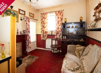 Thumbnail Cottage for sale in Victoria Avenue, St Sampson's