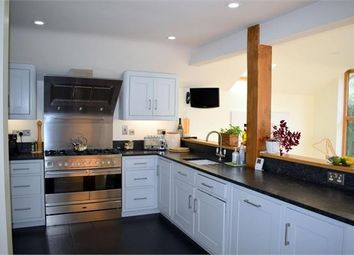 3 bed flat to rent in Abercorn Way, London SE1