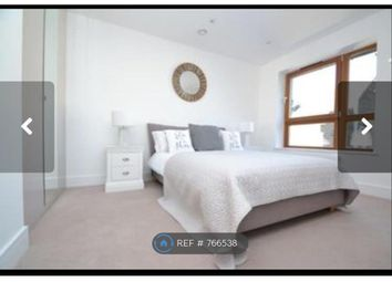 Room to rent in Friendly Street, London SE8