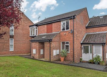 Thumbnail 2 bed flat for sale in Meon Close, Clanfield, Waterlooville