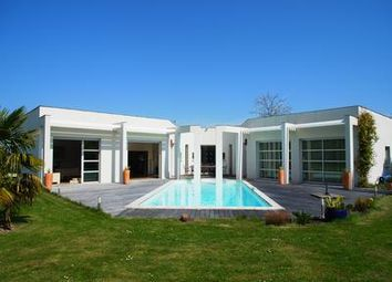 Thumbnail 4 bed property for sale in Loudun, Vienne, France
