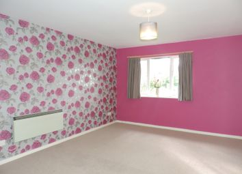 Thumbnail 2 bed flat to rent in Exeter Court, Didcot