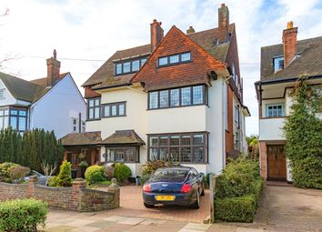 Chadwick Road, Westcliff-On-Sea, Essex SS0. 6 bed detached house