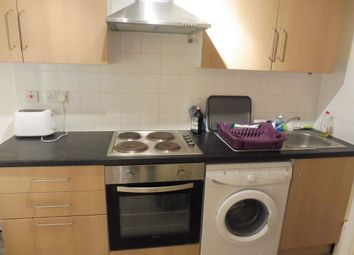 Thumbnail 4 bed flat to rent in Caledonian Road, London