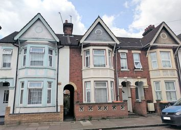 Thumbnail 4 bedroom terraced house to rent in Aspley Road, Bedford