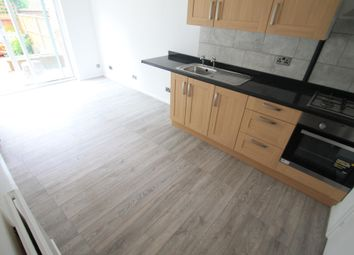 Thumbnail Studio to rent in Wexham Close, Luton