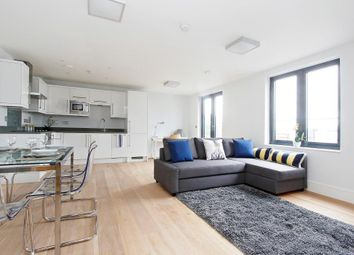 Thumbnail Flat for sale in Argo House, Kilburn Park Road, Kilburn, London
