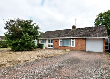 Thumbnail Bungalow for sale in Drysdale Close, Wickhamford, Evesham