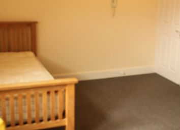 Thumbnail Studio to rent in 9, Gloucester Drive, Finsbury Park