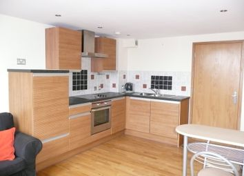 Thumbnail Room to rent in Byron Halls, Bradford