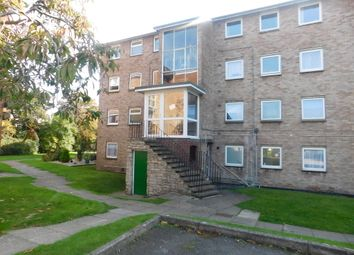 Thumbnail 2 bed flat to rent in Wendover Road, Havant