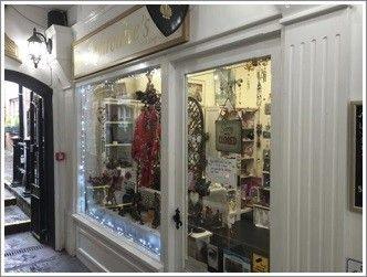 Thumbnail Retail premises to let in The Gauntlet, St. Johns Square, Glastonbury, Somerset