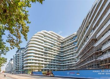 Thumbnail 3 bed flat for sale in Lavender Gardens, London