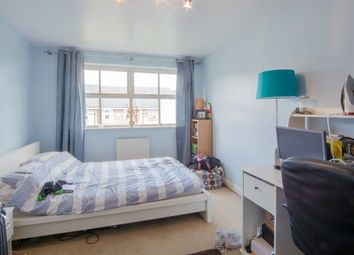 Thumbnail 8 bed shared accommodation to rent in Leigh Hunt Drive, London